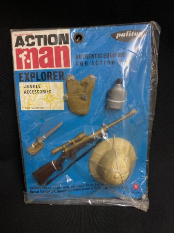 VINTAGE ACTION MAN -  JUNGLE EXPLORER - Jungle Accessories (Ref 5 )